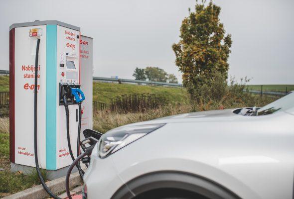 Chcete si pořídit elektromobil a zaujal Vás nákup přes leasing? Máme pro Vás skvělé zprávy!